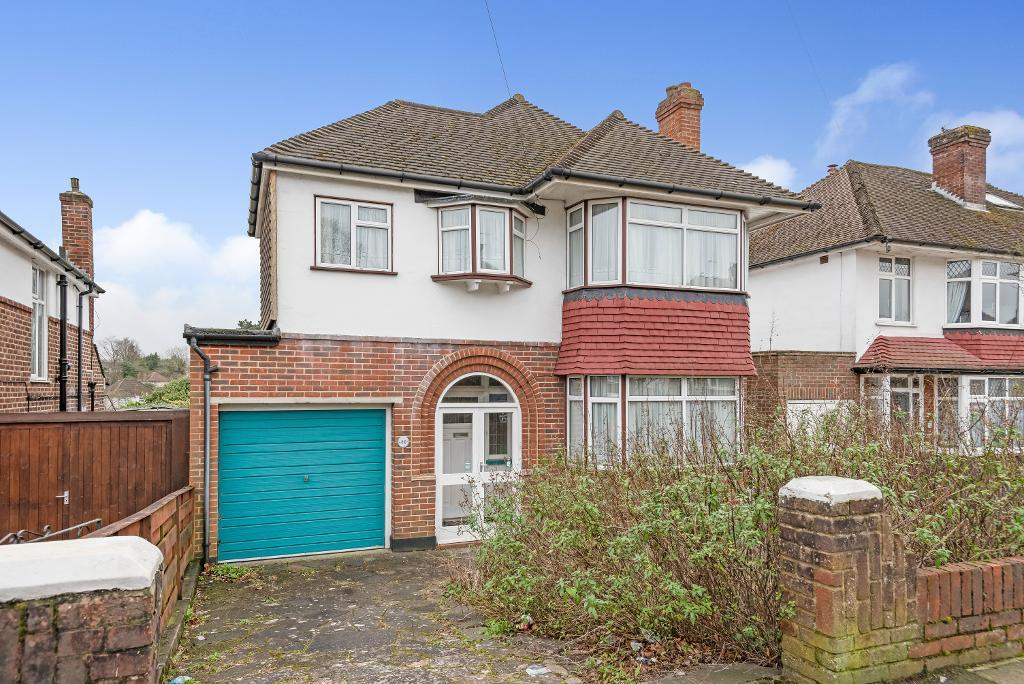 Cloonmore Avenue, Orpington, Kent, BR6 9LF