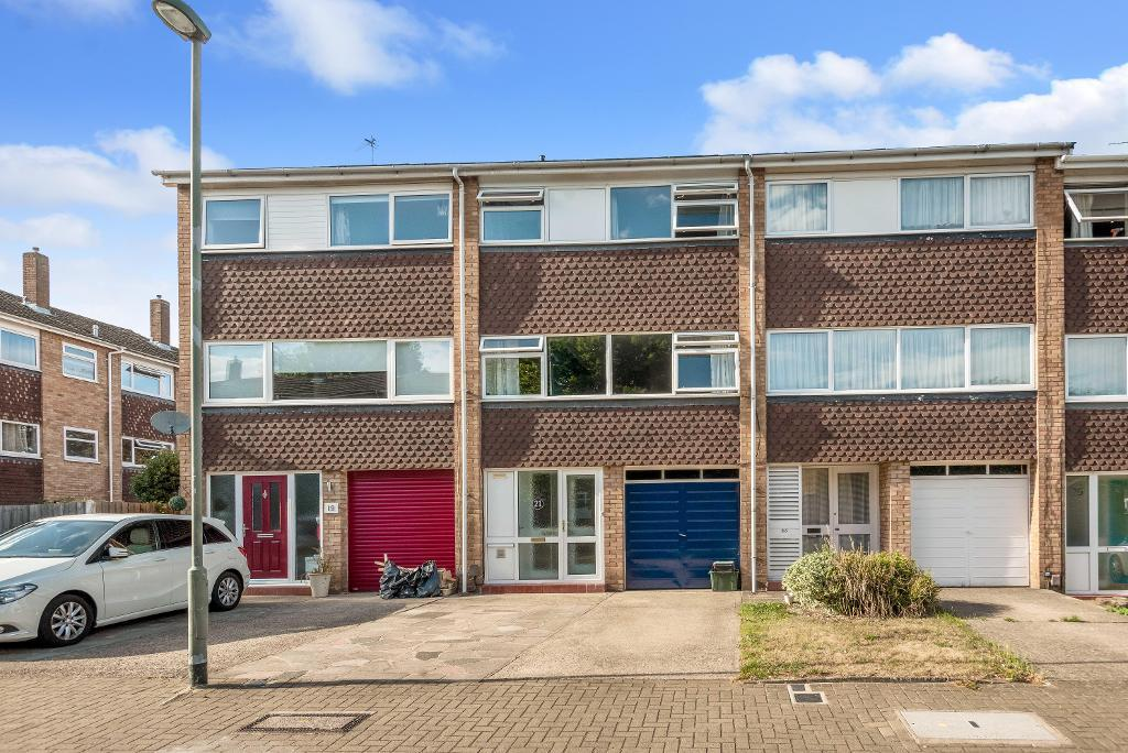 Tandridge Drive, Orpington, Kent, BR6 8BY